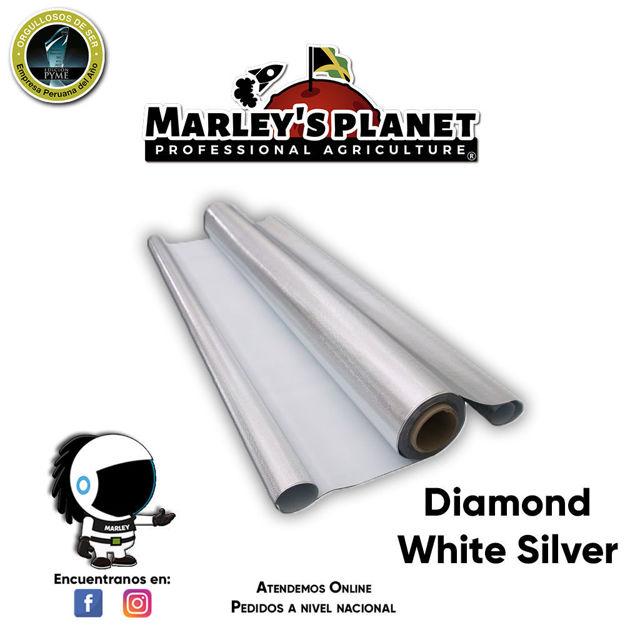 """Imagen de Plástico reflectante """"Diamond White Silver"""" 1.22 m X 7.62 m X 6 mm"""